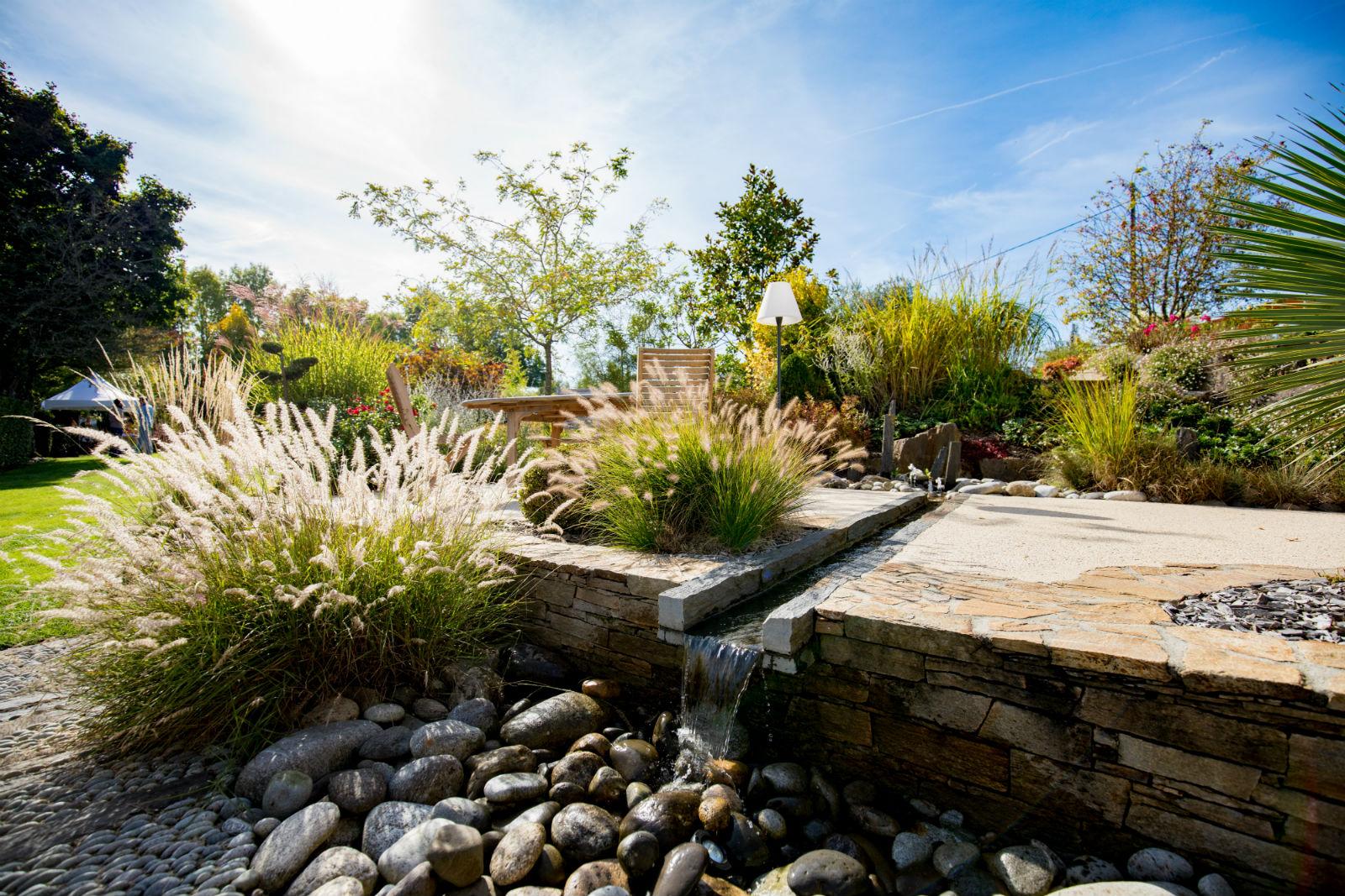 notre jardin d 39 exposition rebeyrol cr ateur de jardins. Black Bedroom Furniture Sets. Home Design Ideas