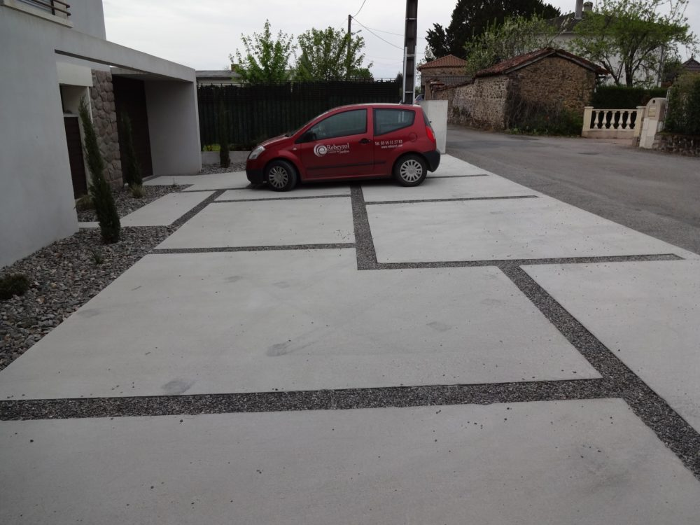 All e rebeyrol am nagement et entretien des jardins for Beton allee garage