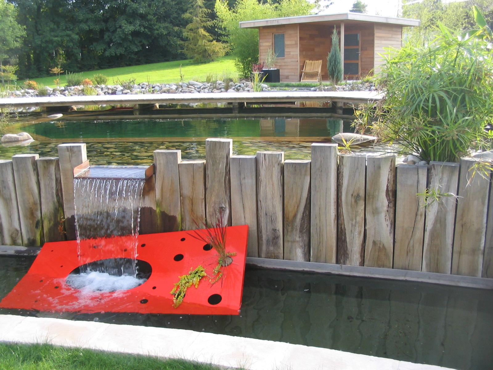 Bassins avec lame d'eau