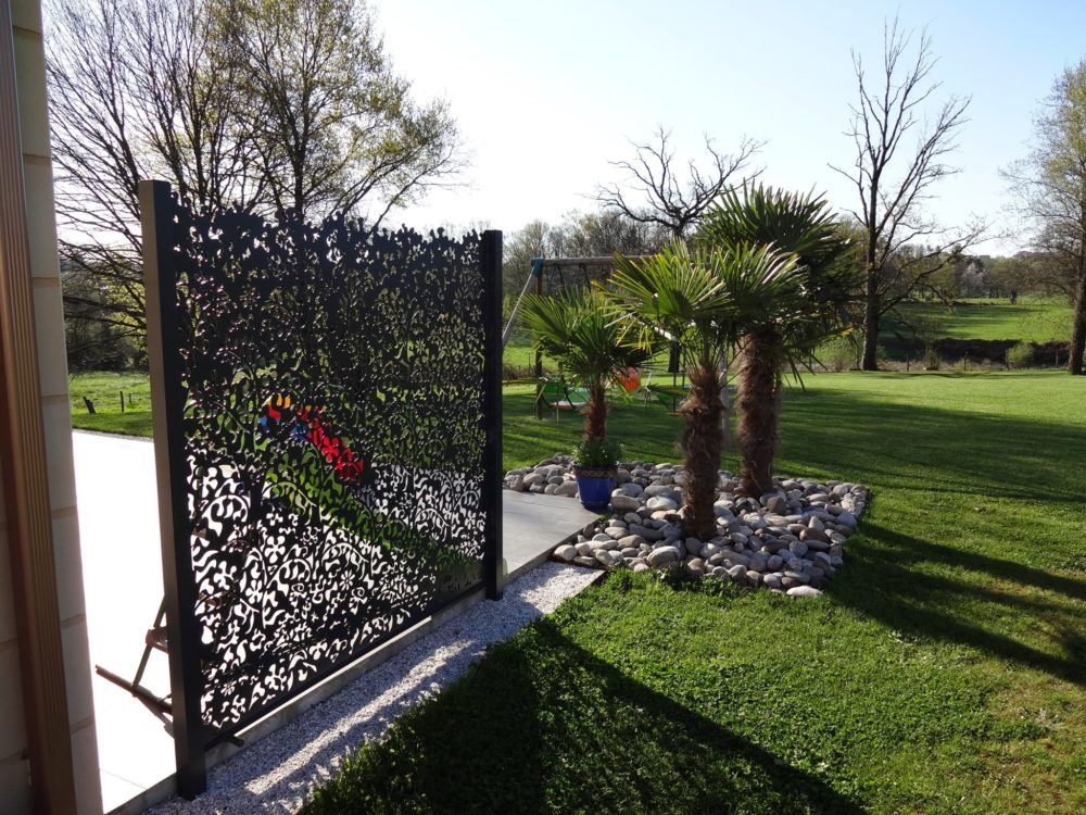 Best brise vue jardin aluminium pictures design trends for Deco jardin claustra