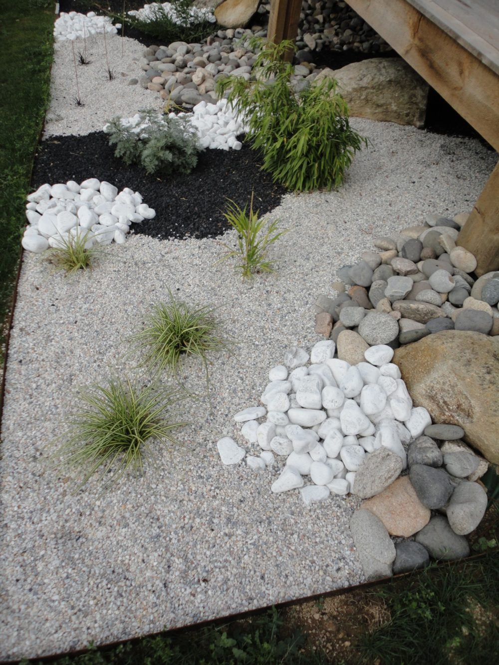 Massif min ral rebeyrol for Jardin mineral