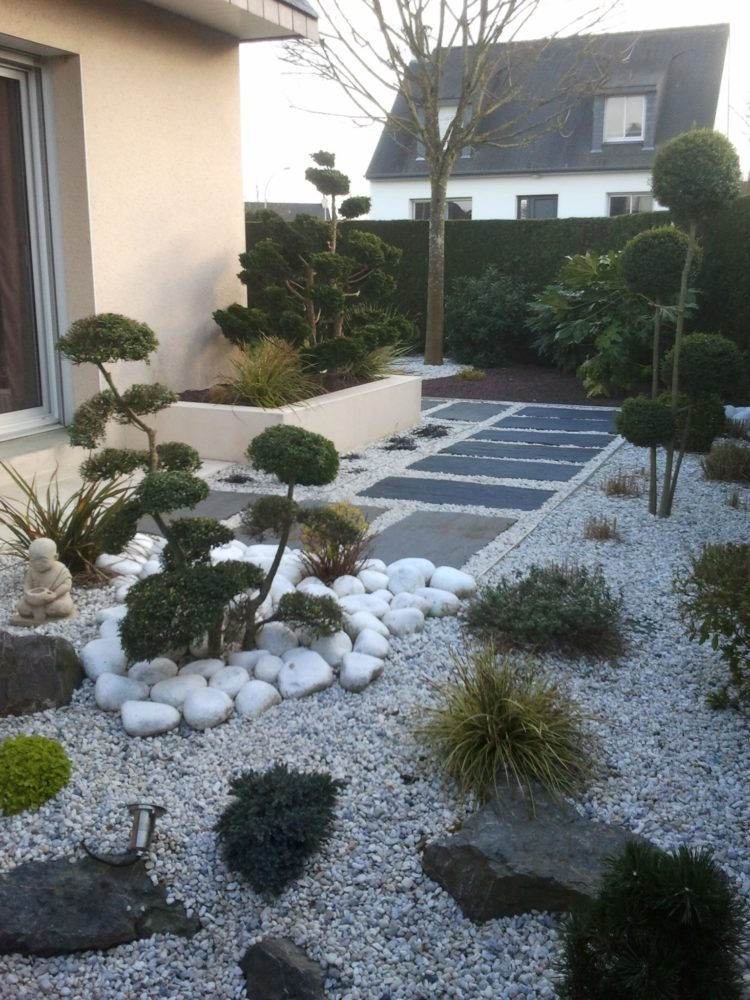 Jardin japonais rebeyrol for Creation massif jardin