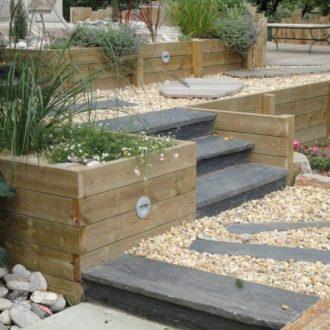 Escalier en ardoise : Rebeyrol : aménagement et entretien des jardins