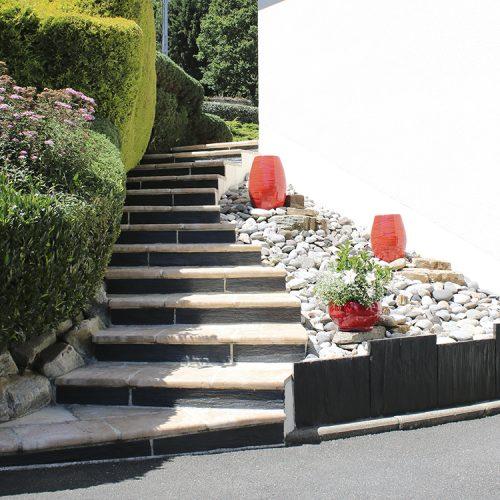 Escalier en schiste et dallage