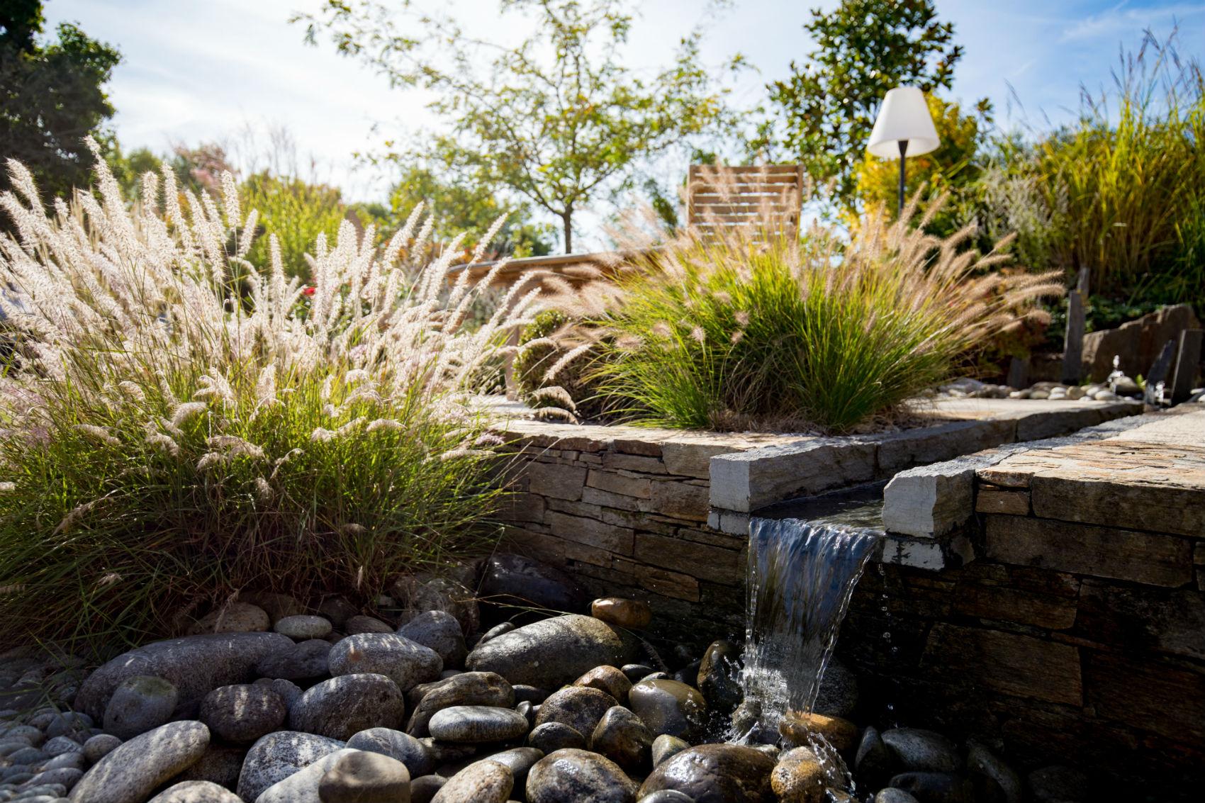 Bassin Fontaine De Jardin bassin et fontaine | rebeyrol : aménagement et entretien des